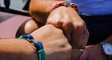 10 versets sur l'amitié